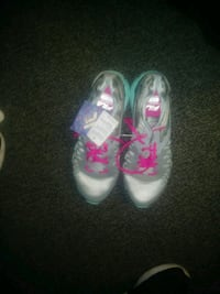 pair of pink-and-white Nike sneakers Moreno Valley, 92557