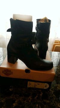 pair of black leather boots Arlington, 22204