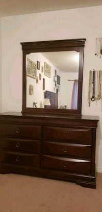 Cherry wood dresser with mirror Whitby, L1R 0E8