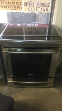 """30"""" Electrolux stove smooth top ss"""