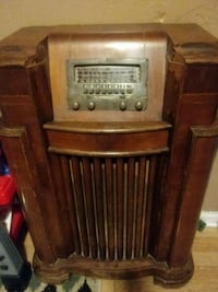 Antique PHILCO radio Philadelphia, 19120