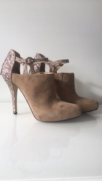 Sz 9 Enzo Angiolini booties New Westminster, V3M