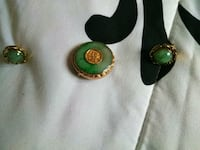 14 carat gold brooch and ear rings layed in jade Riverside