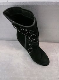 Black booties with Rhinestone pattern and Zipper