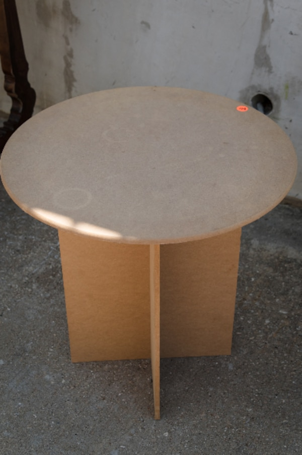 Round Particle Board Table Modern Livingroom