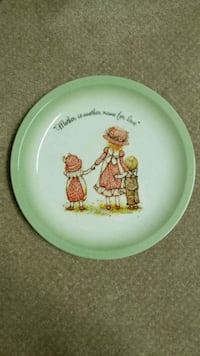 Holly Hobbie collection edition plate Lethbridge