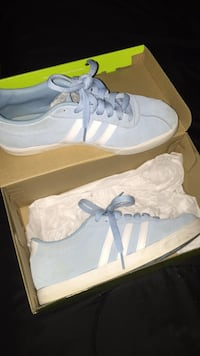 Blue low adidas New London, 06320