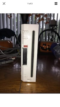 White nintendo wii console Huntington Beach, 92646