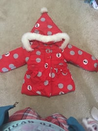 toddler's red and white polka dot hoodie Montréal, H2A 2H8