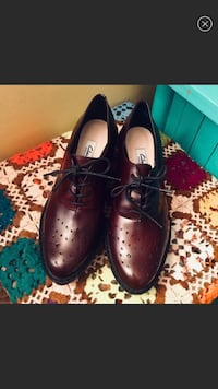 Clark's Game Oval Platform Oxford Sz 7 NWOT