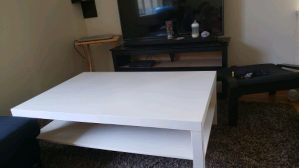 Large coffee table (ikea) bfe2b049-5146-4f00-a687-521f65b6f76c