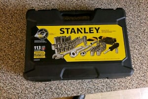 STANLEY 113 piece mechanics tool set.