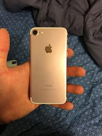 Rose gold Iphone 7 T mobile Cary, 27513