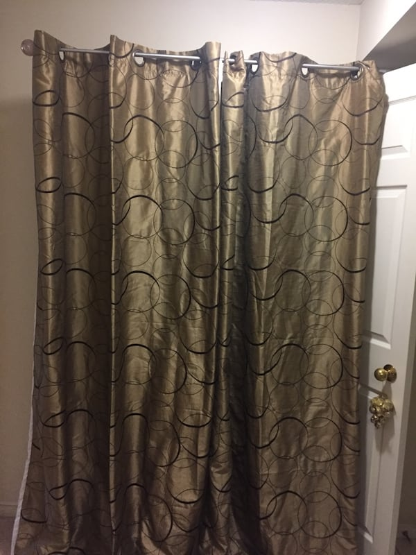 """2 Shower curtains - very excellent condition - new  size 52""""x85"""" 1429f94e-34f9-4777-bc66-1a12f0ebdbb4"""