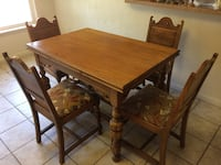 Oak table (expandable) with 4 chairs Virginia Beach, 23451