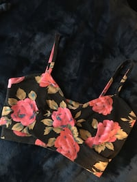 Urban Outfitters Floral Crop Winnipeg, R2V 4H3