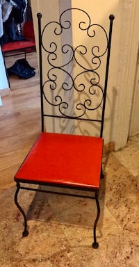 Set of 4 wrought iron chairs with red seat  New York, 11217