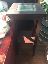 Wood/glass accent table  St Catharines, L2N 4R4
