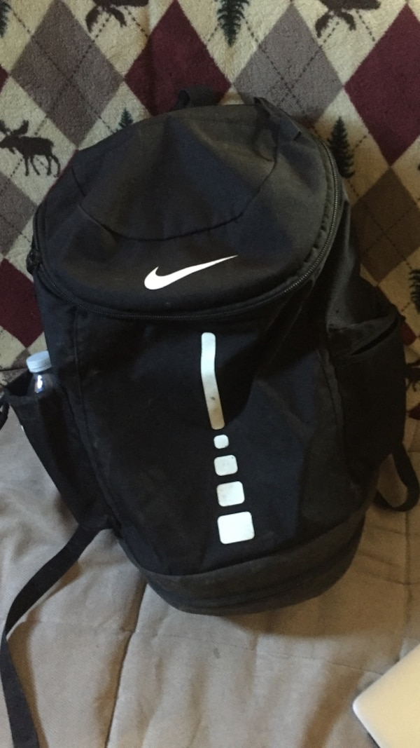 c41512cab7 Used black and white Nike backpack for sale in Hollis
