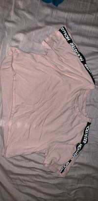 Women's pink Hollister crop top Ashburn, 20147