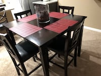 High top table and 4 high chairs. Price is firm asking for 150 in great condition. Pickup only. Sanford, 32773