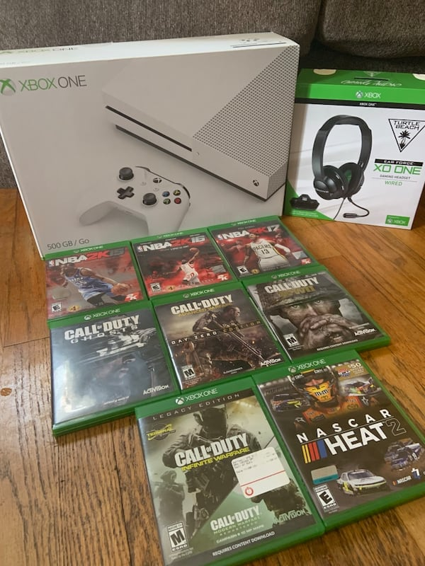 Xbox 1 w/ Turtle beach headset & all games shown 3c370592-c74d-475b-9677-d46439ce920f