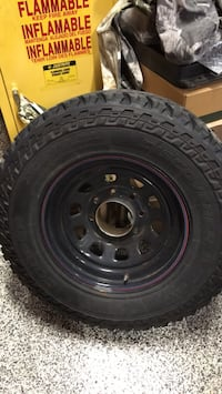 4 tires and rims 265/70/ 17 ford f 250 500$ Clifton, 20124