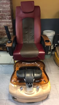 red and black leather massage chair Burnaby, V5C 2J1