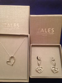 Zales heart pendant necklace and earring set Rio Rancho, 87124