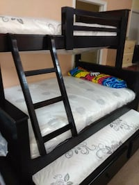 Cherry twin full wooden bunk bed frame Los Angeles, 90011