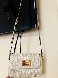 Authentic MK bag Toronto, M1L 2P3