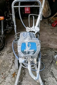 blue and gray airless paint sprayer Youngstown, 44502