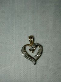 Diamond heart pendant  Midwest City, 73130