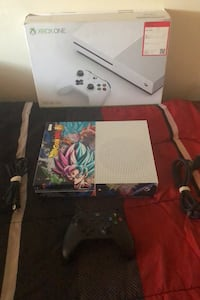 Xbox one S w/ Controller, Cords and Box Baltimore, 21218