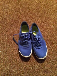 Men's and boys shoes men's size 8 1/2 in boys size 12