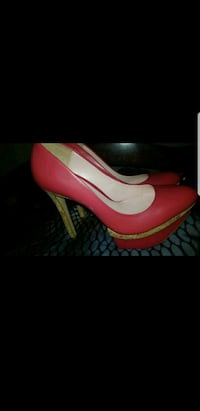 unpaired red and white leather platform stiletto Spring Valley, 91977