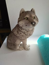 Coolest Looking Wolf Sculpture!