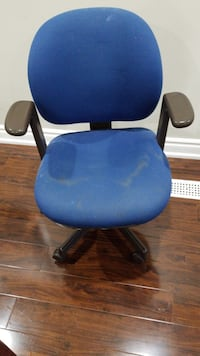 Chairs Mississauga, L5R 2M9