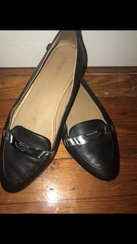 Black leather flats, COACH, Size 8W Washington
