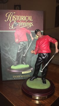 Tiger Woods 1997 Masters Championship Statue