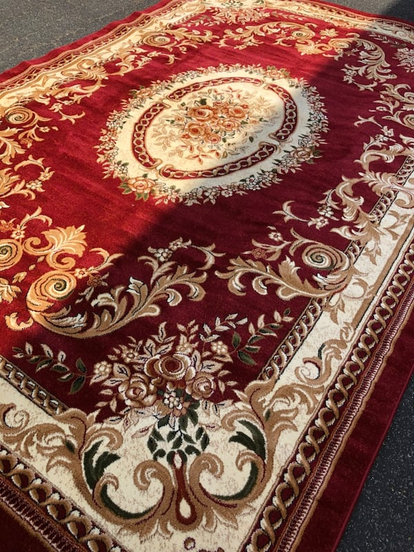 Brand new rug size 8x11 nice red carpet Persian design rugs and carpet c3e7c417-d0d8-4ee9-bf29-79b4326c8a38