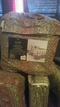 1 Quilt with 2 shams set Full/Queen  Houston, 77088