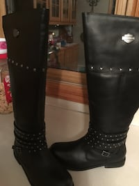 Pair of black leather boots Omaha, 68124