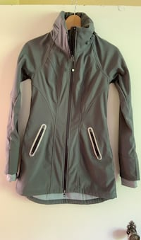 Althleta Soft Shell Rain Coat. Xxs
