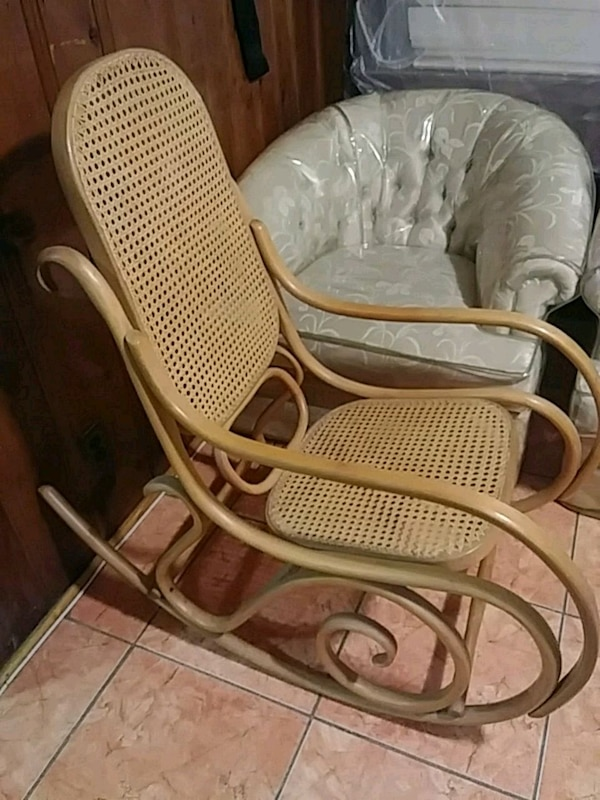 Antique rocking chair - Used Antique Rocking Chair For Sale In Paterson - Letgo