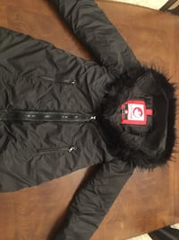 Faux-fur black Canada Weathergear winter coat size medium Blainville, J7C 4X9