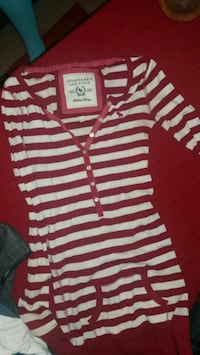 red and white striped Abercrombie & Fitch half-but Rogersville, 65742