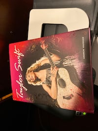 Taylor Swift - Hardcover Vienna, 22182