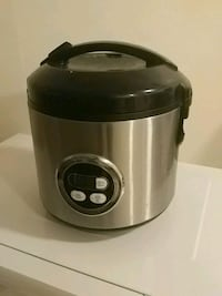 Perfect Condition Rice Cooker Victoria, V8N