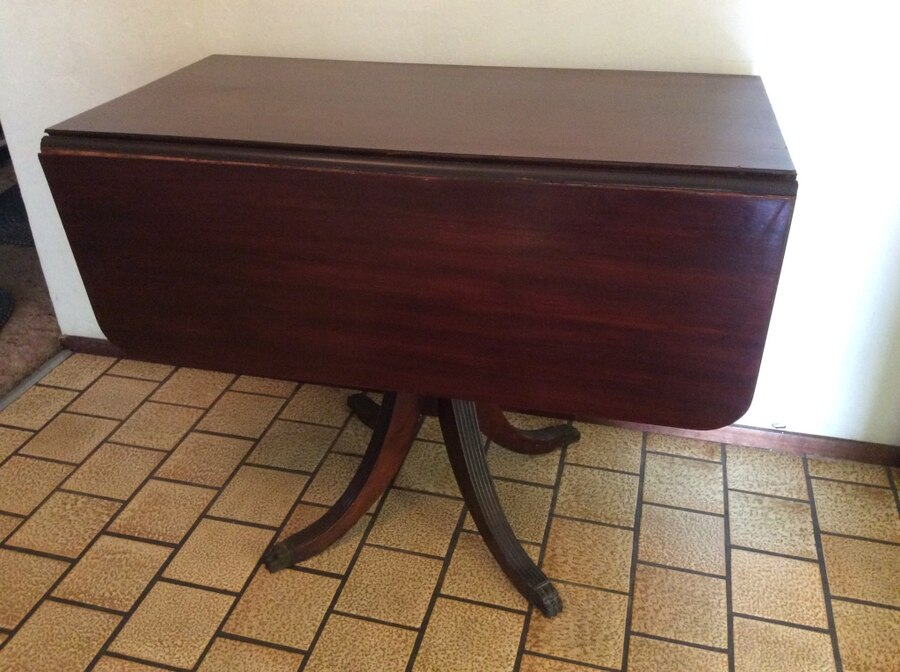 brukt antique duncan phyfe drop leaf table not perfect has a leg rh se letgo com